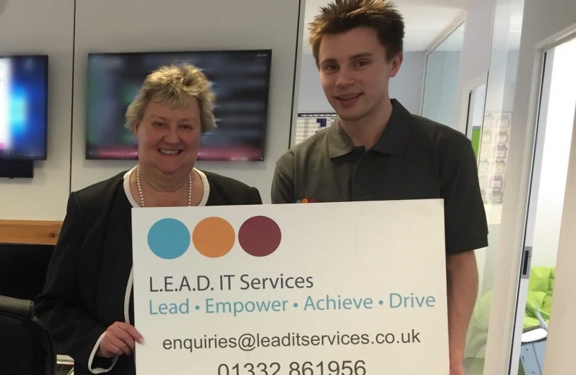 Heather Wheeler MP with Lee Jepson from L.E.A.D IT