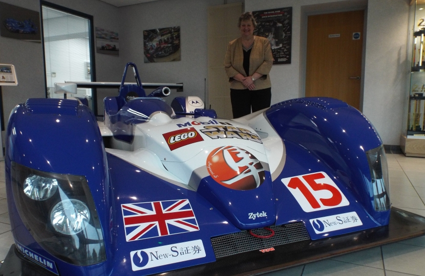 Heather Wheeler MP next to Zytek / Gibson 04S Le Mans Prototype Sports car